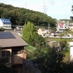 住宅地から操山の景色