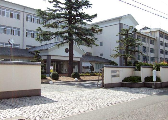 天城中学校